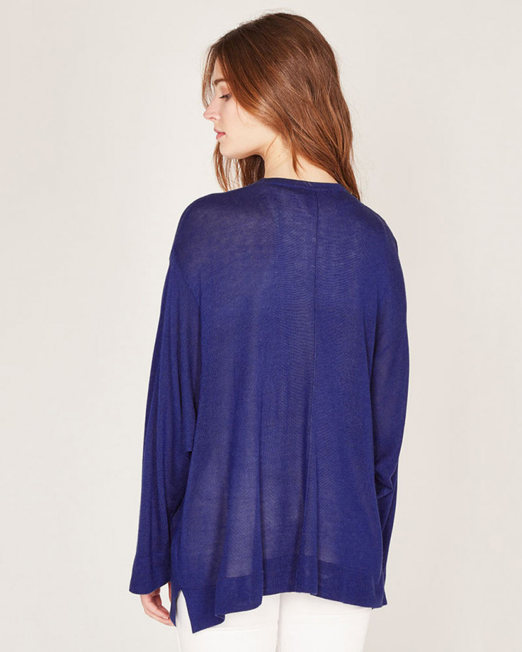 cardigan with pockets made of 85% bamboo and 15% Cashmere