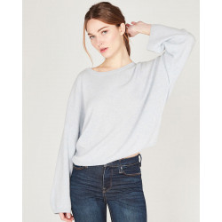 short crew-neck sweater made of 100% cashmere