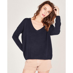 crew neck sweater made of 50% cashmere and 50% wool