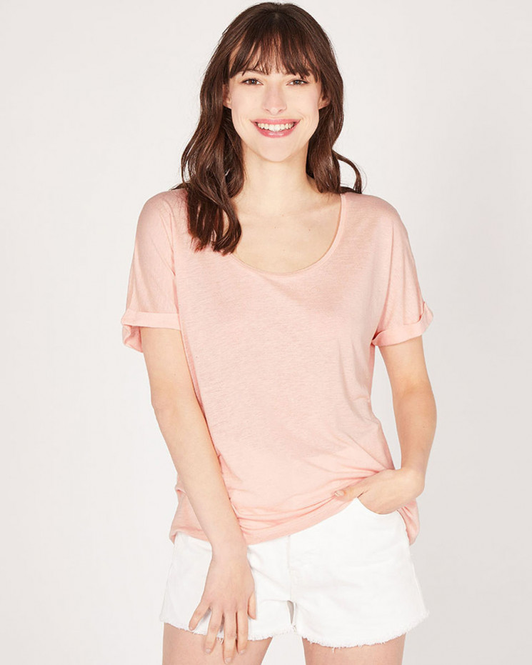 large round-neck lapels tee-shirt made of 85% recycled linen 15% linen