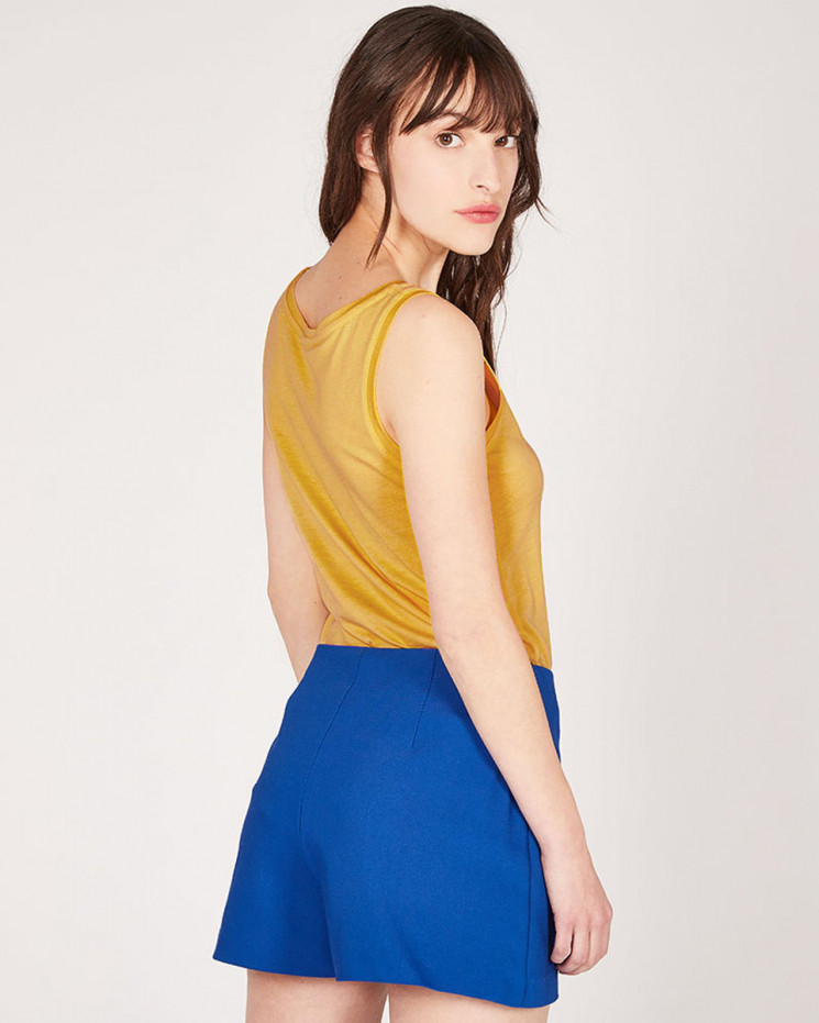 round-neck tank top made of 67% lyocell 33% organic cotton