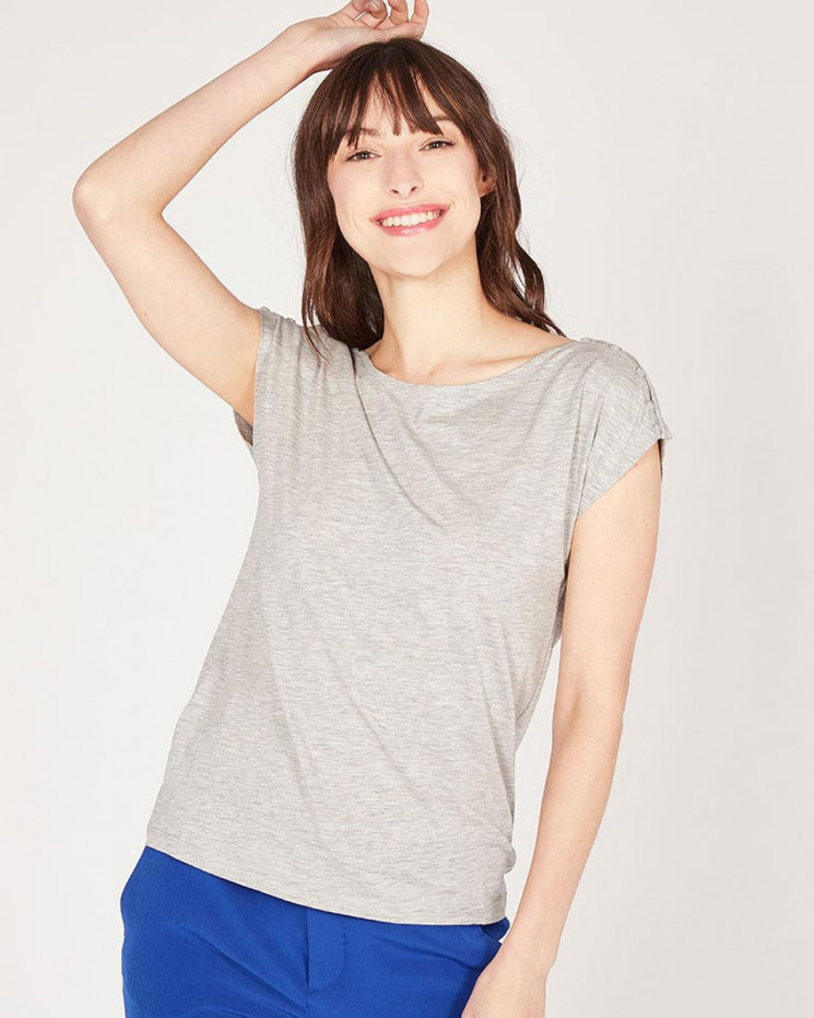 boat neck with buttons on shoulders tee-shirt made of 67% lyocell 33% organic cotton