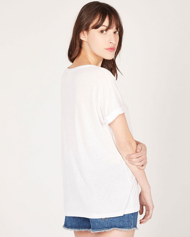 round neck tee-shirt embroidery made of 85% recycled linen 15% linen