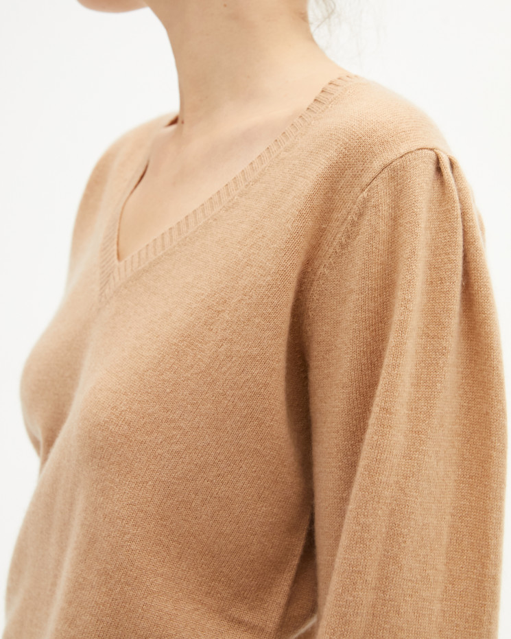 Women's cashmere V-neck sweater puffy sleeves - camel - céline - absolut cashmere (front 2)