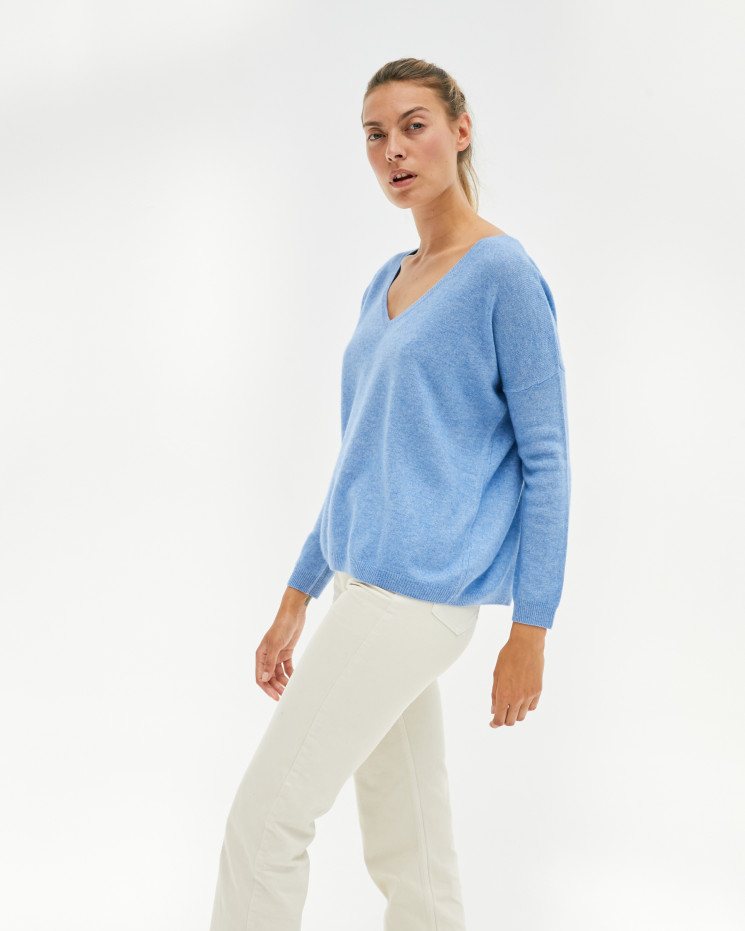 Women's oversized cashmere V-neck sweater long sleeves - écume - angèle - absolut cashmere (front)