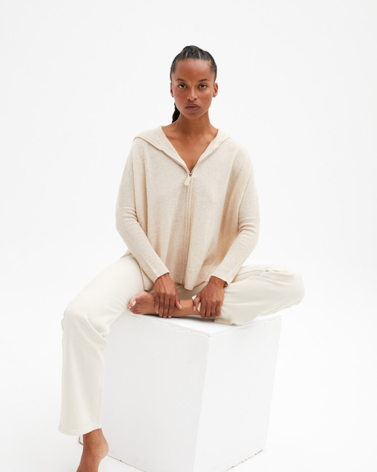 Women's cashmere hooded poncho with long sleeves - beige chiné - lilly - absolut cashmere (side)