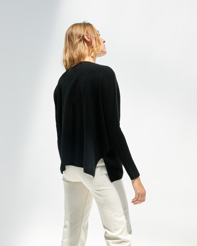 Women's cashmere oversized V-neck sweater long sleeves - noir - camille - absolut cashmere (front)