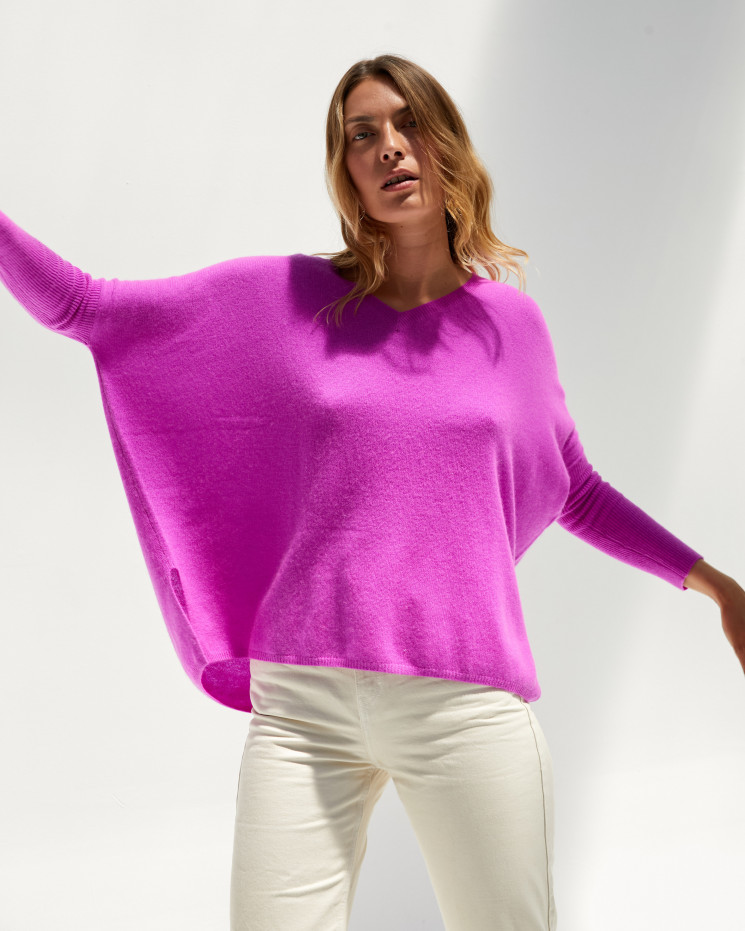 Women's cashmere oversized V-neck sweater long sleeves - violet fluo - camille - absolut cashmere (front)