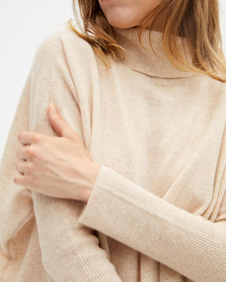 Women's large cashmere turtleneck poncho long sleeves - beige chiné - clara - absolut cashmere (front)