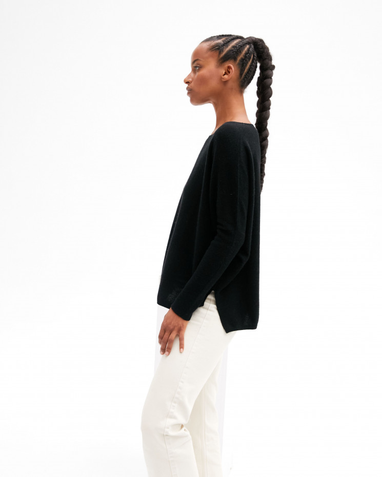 Women's oversized cashmere round-neck sweater long sleeves - noir - astrid - absolut cashmere (front)