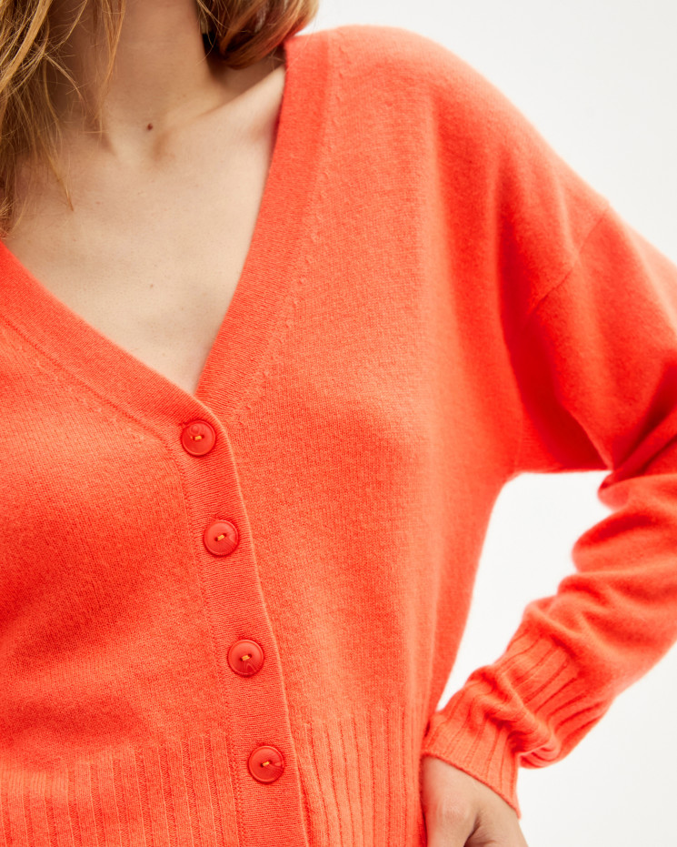 Women's cashmere V-neck cardigan long sleeves - mathilde - corail fluo - absolut cashmere (front)